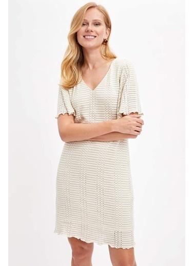 DeFacto V Yaka Örme Elbise Ekru